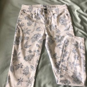 Gap white and blue patterned skinny jeans